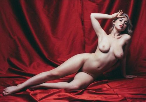 Caylee Cowan Tits photo 29