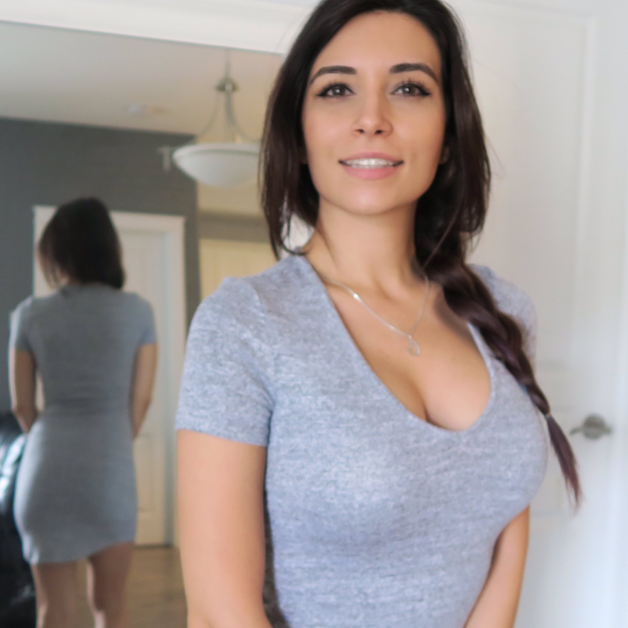 Alinity Ass Pics photo 2