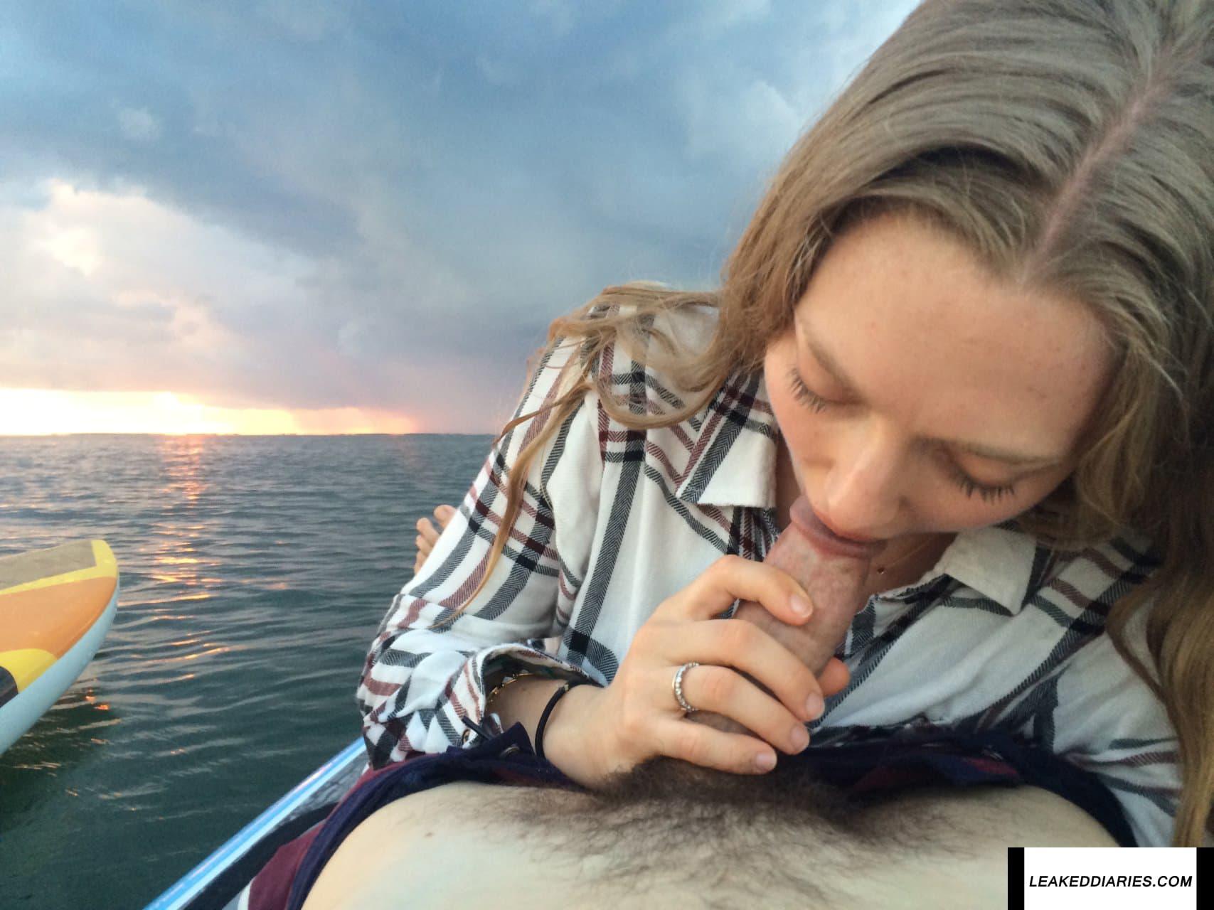 Amanda Seyfried Nide photo 8