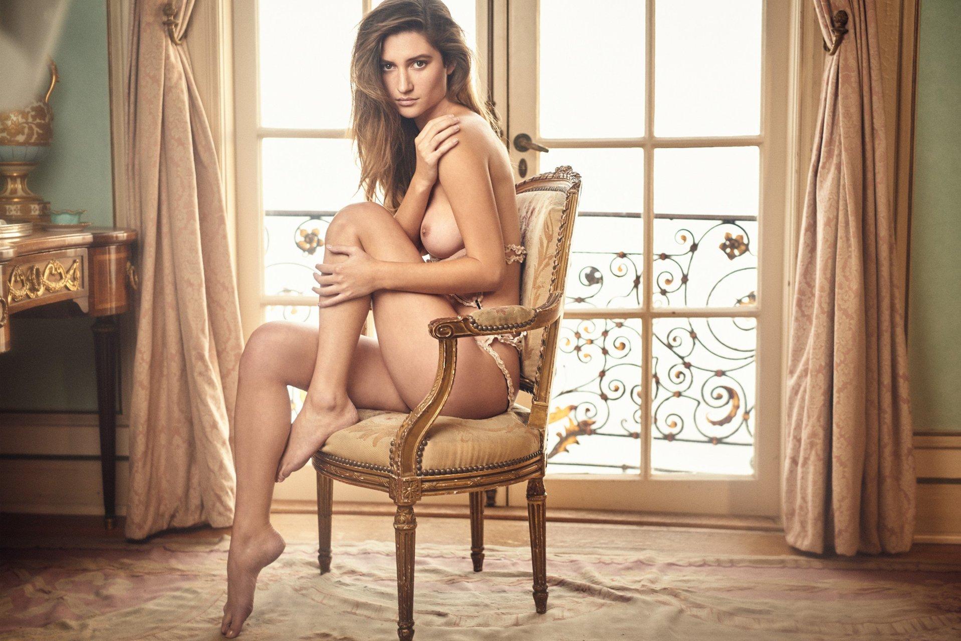 Playboy Elizabeth Elam photo 19