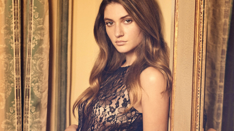 Playboy Elizabeth Elam photo 7