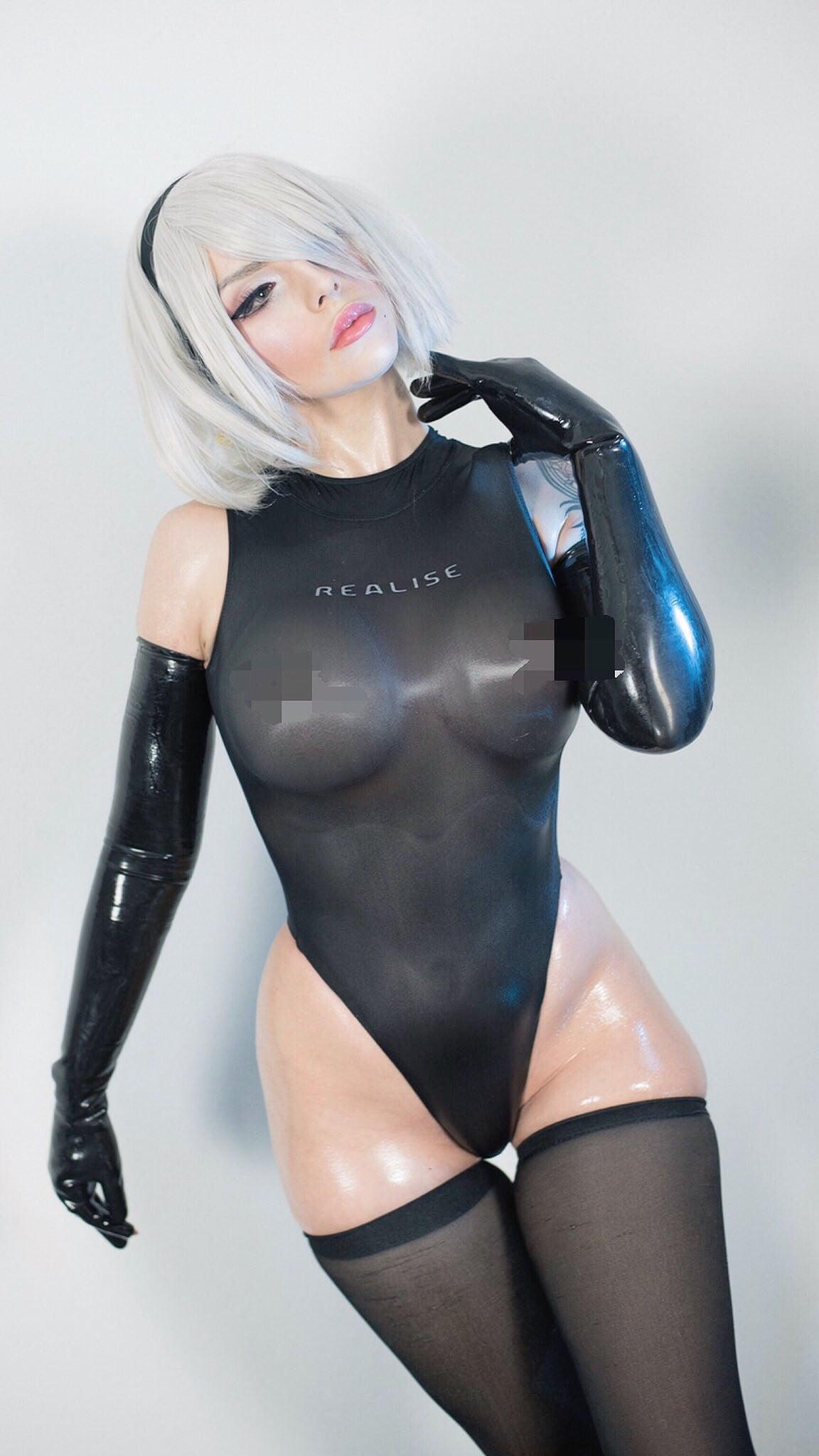 Katyuska Moonfox 2b Cosplay photo 10