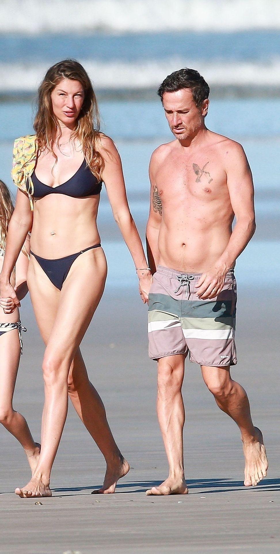 Gisele Brady Nude photo 9