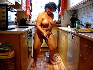 Naked Cleaning Porn photo 11