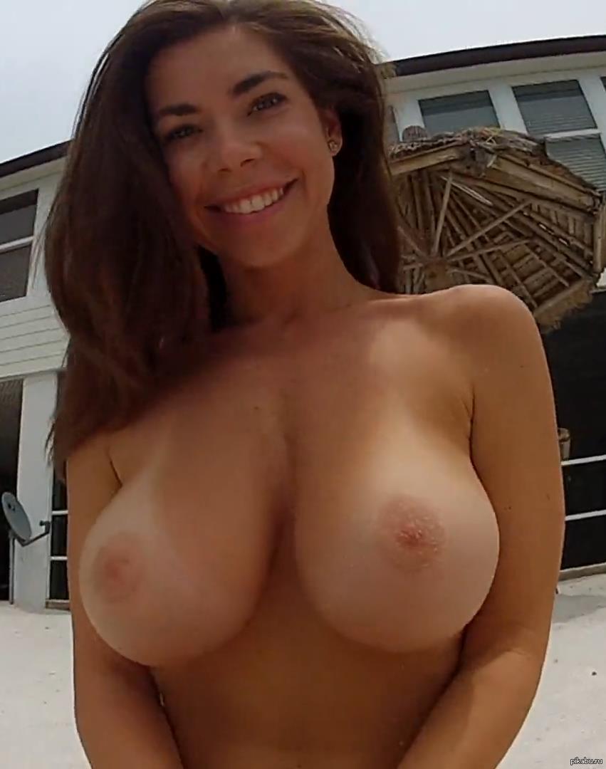 Katee Owen Topless photo 4