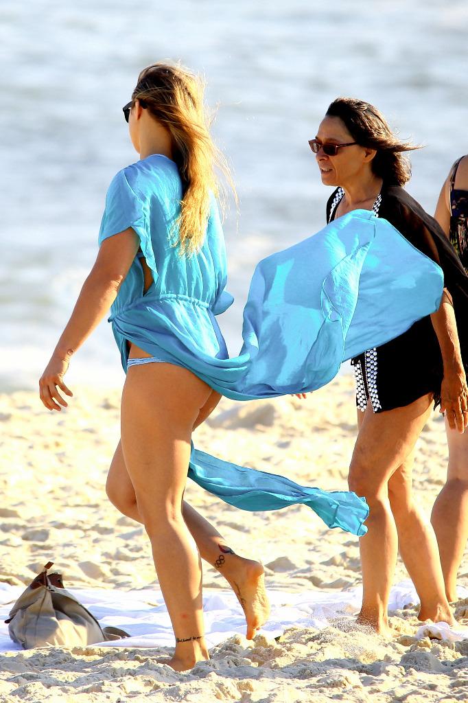 Ronda Rousey Thong Slip photo 19