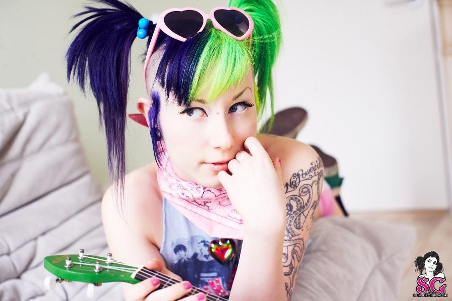 Porphyria Suicide Girl photo 28