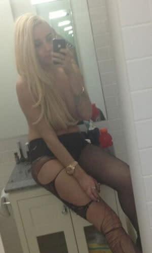 Amanda Bines Naked photo 25