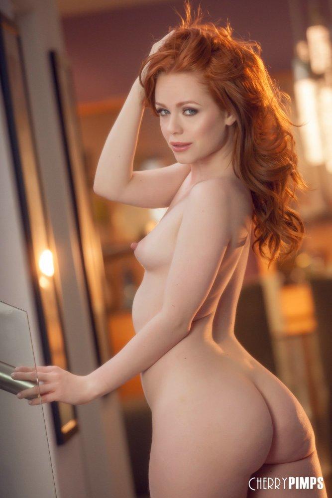 Ella Hughes Naked photo 3