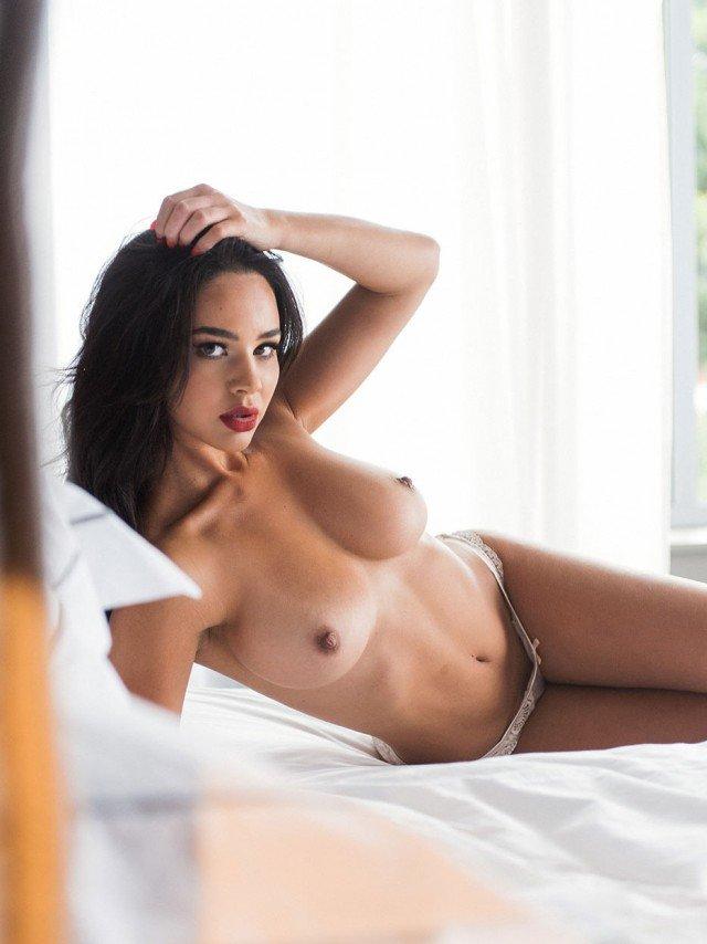Courtnie Quinlan Sex photo 9