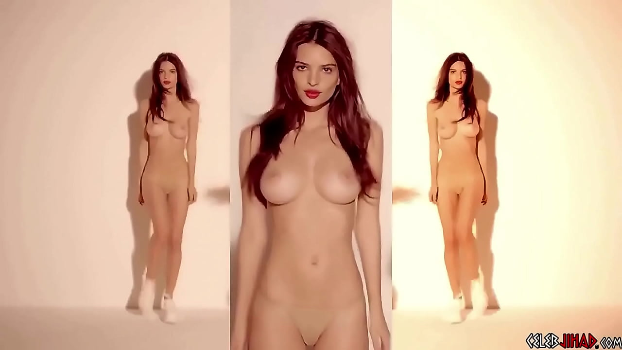 Emily Ratajkowski Nude Sex photo 20