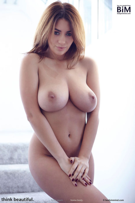 Holly Peers Topless photo 26