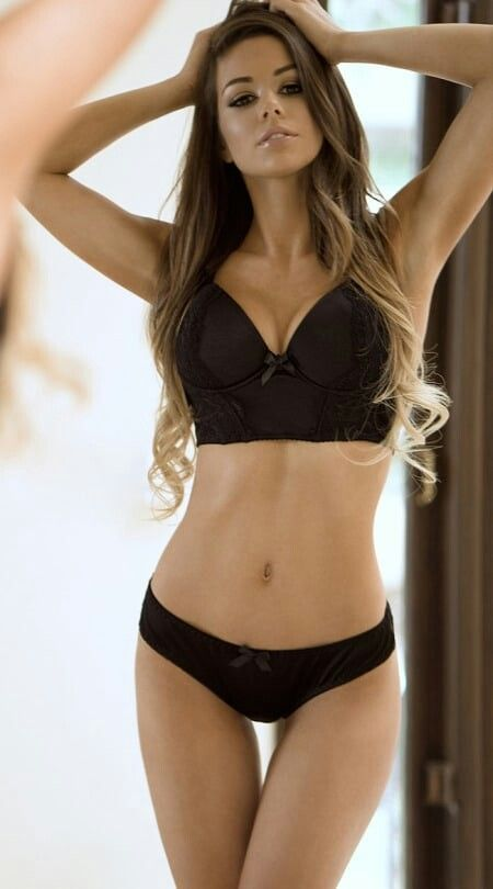 Juli Annee Pictures photo 1