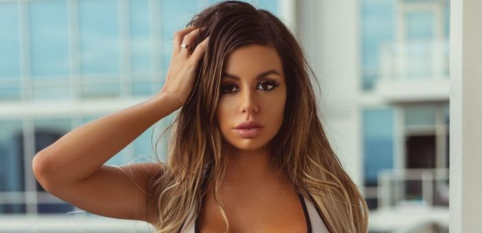 Juli Annee Pictures photo 25