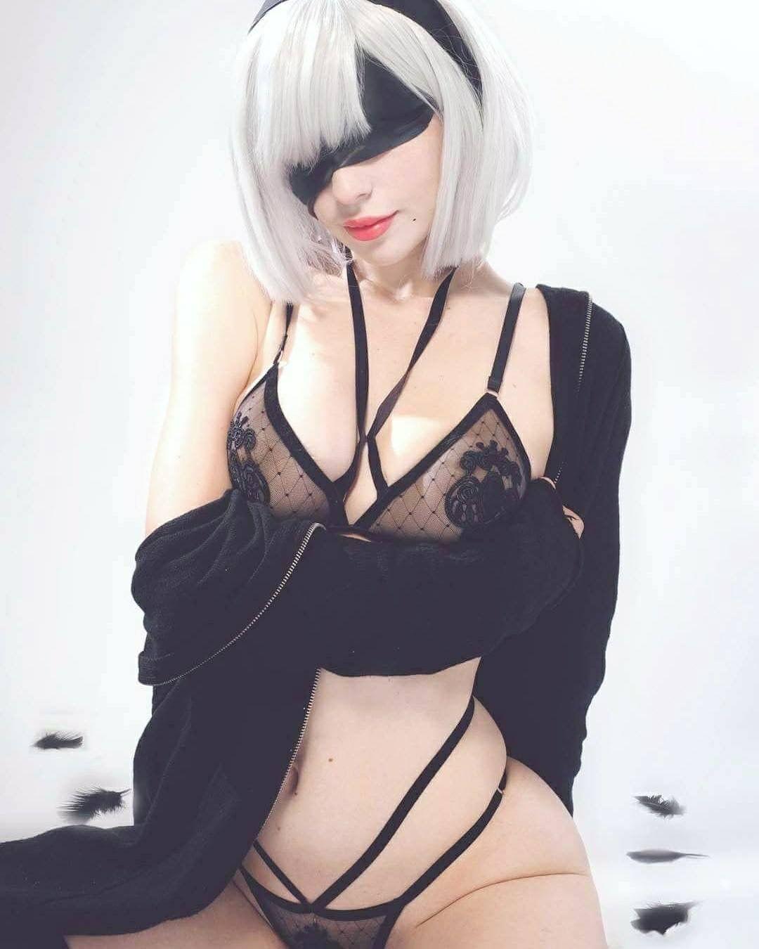 Katyuska Moonfox 2b Cosplay photo 21
