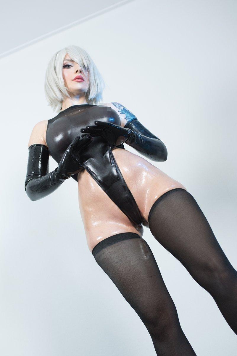 Katyuska Moonfox 2b Cosplay photo 12