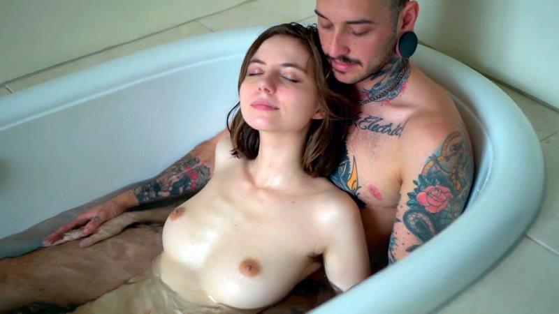 Liara Roux Porn photo 8