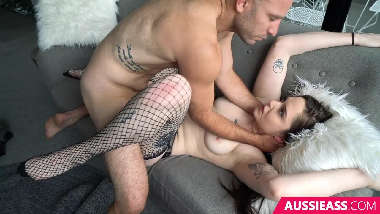 Piper Blush Threesome photo 28