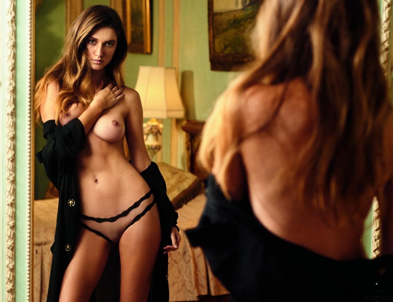 Playboy Elizabeth Elam photo 16