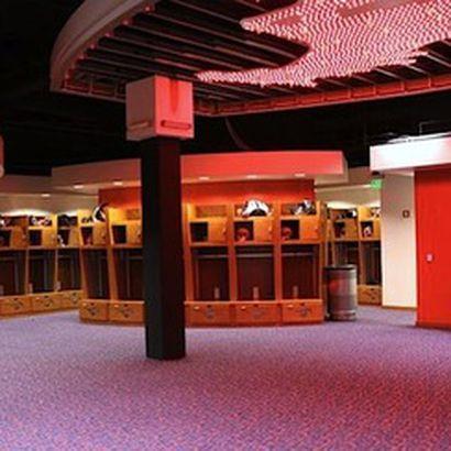 Strip Club Locker Room photo 15